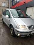 Volkswagen Sharan, 2009 год, 740 000 руб.