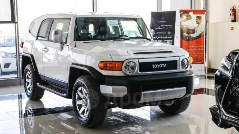 Toyota FJ Cruiser, 2020 год, 4 800 000 руб.