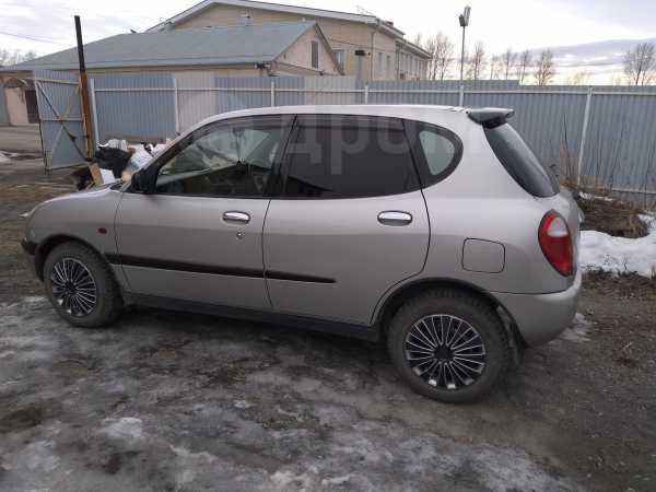 Toyota Duet, 2000 год, 125 000 руб.