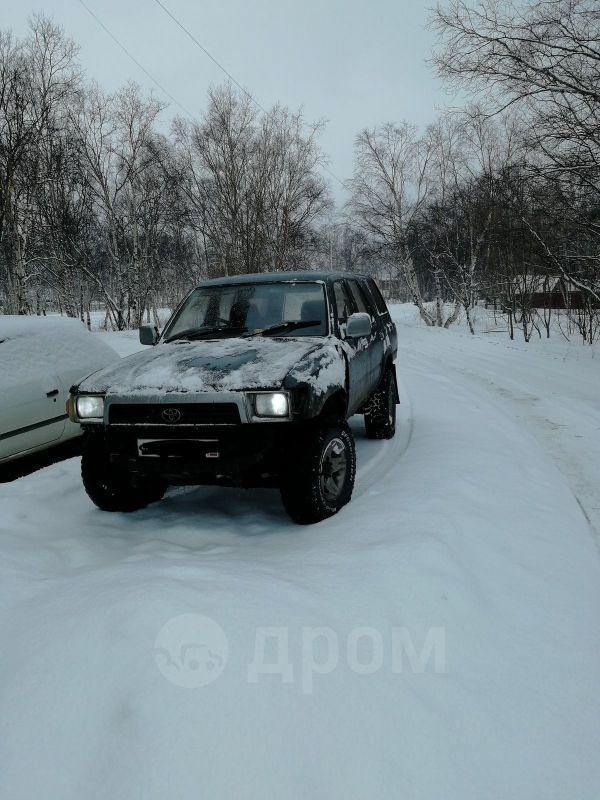 Toyota Hilux Surf, 1989 год, 330 000 руб.