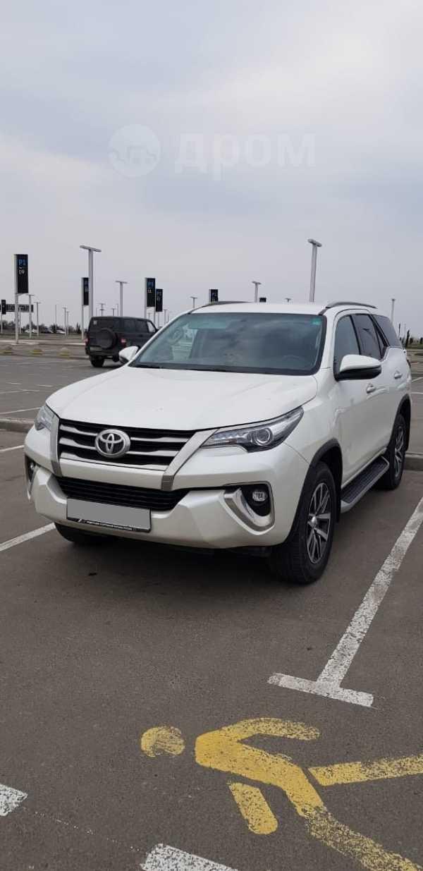 Toyota Fortuner, 2017 год, 2 300 000 руб.