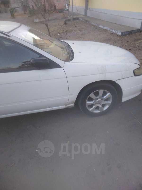 Nissan Expert, 2002 год, 140 000 руб.