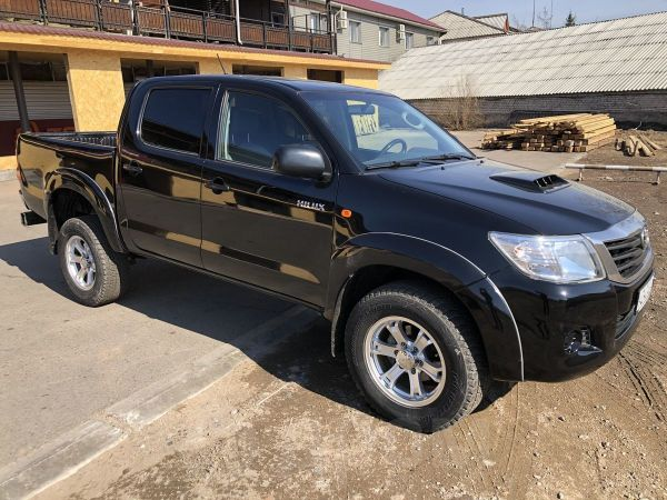Toyota Hilux Pick Up, 2013 год, 980 000 руб.