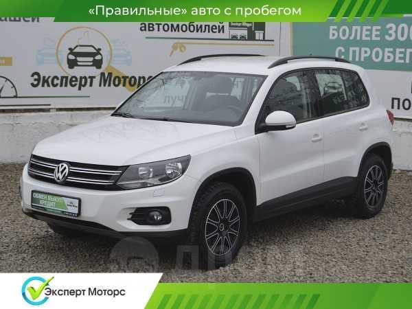 Volkswagen Tiguan, 2013 год, 885 000 руб.