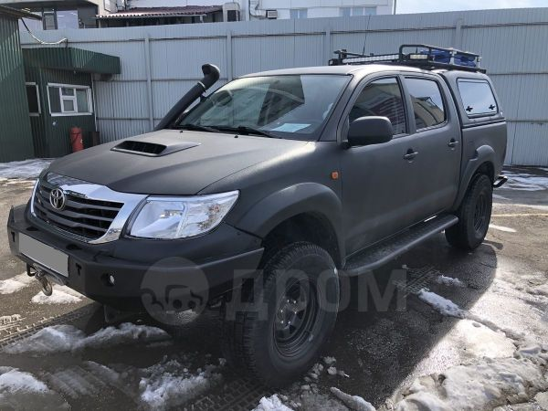 Toyota Hilux Pick Up, 2012 год, 1 650 000 руб.