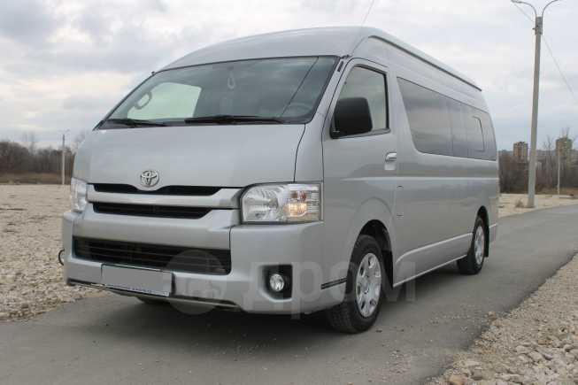 Toyota Hiace, 2015 год, 1 890 000 руб.