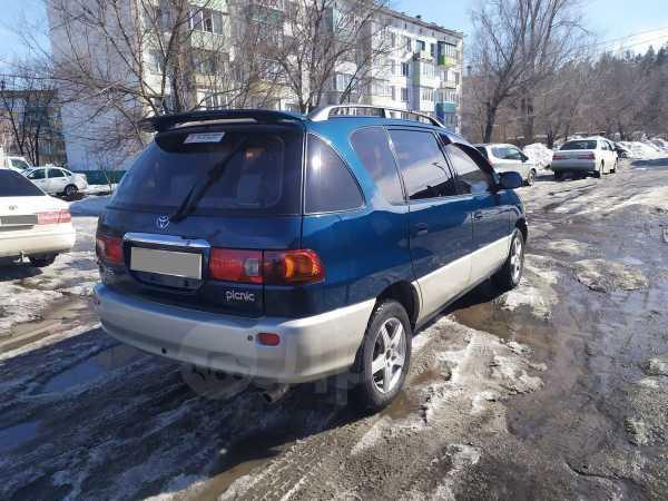 Toyota Ipsum, 2000 год, 339 000 руб.