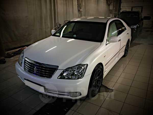Toyota Crown, 2004 год, 549 000 руб.
