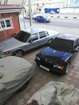 Славянск-На-Кубани Town Car 1993