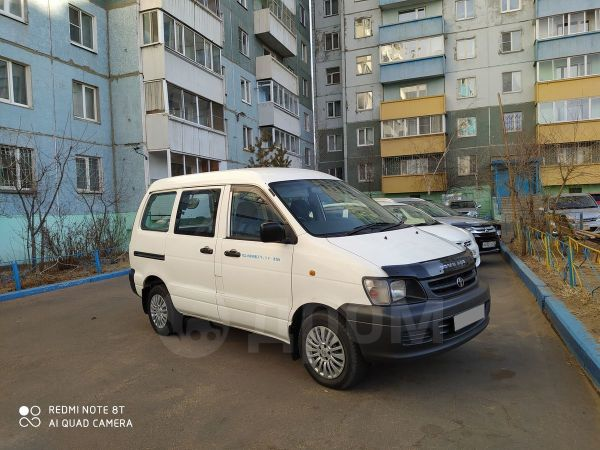 Toyota Town Ace, 2004 год, 387 000 руб.