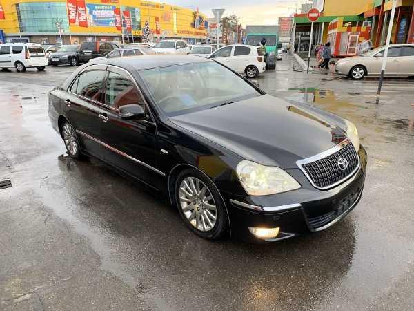 Toyota Crown Majesta, 2006 год, 390 000 руб.
