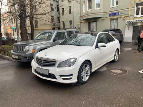 Mercedes-Benz C-Class, 2012 год, 800 000 руб.
