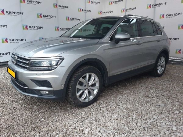 Volkswagen Tiguan, 2017 год, 1 942 500 руб.
