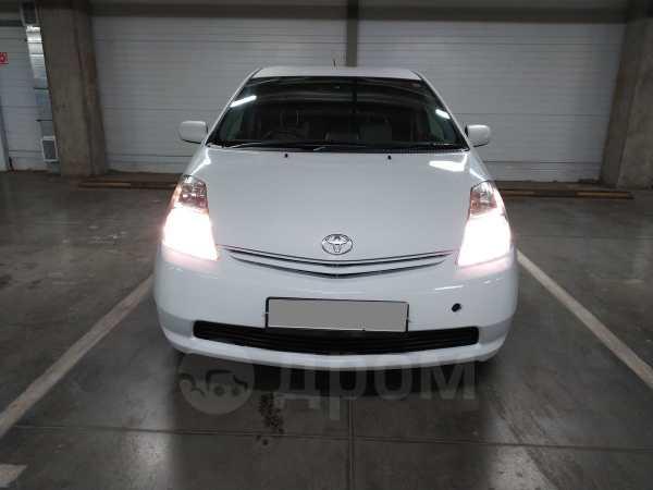 Toyota Prius, 2011 год, 520 000 руб.