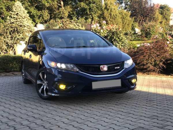 Honda Jade, 2015 год, 800 000 руб.