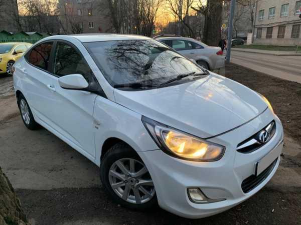 Hyundai Solaris, 2013 год, 435 000 руб.