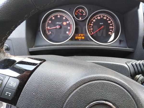 Opel Zafira, 2010 год, 490 000 руб.