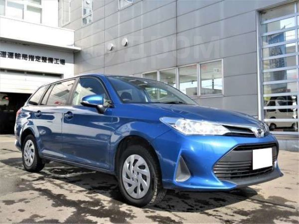 Toyota Corolla Fielder, 2018 год, 554 000 руб.