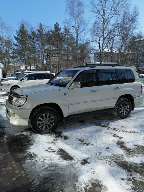 Toyota Land Cruiser, 2000 год, 800 000 руб.