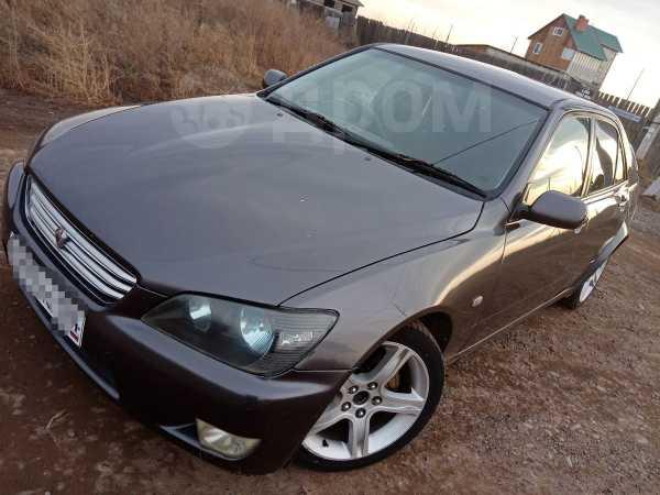 Toyota Altezza, 2000 год, 450 000 руб.