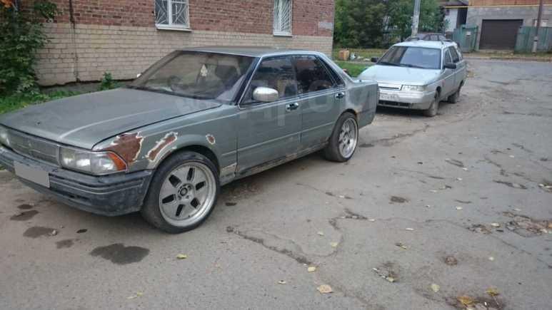 Nissan Gloria, 1990 год, 60 000 руб.