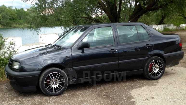 Volkswagen Vento, 1992 год, 90 000 руб.