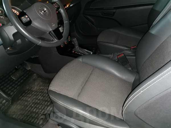 Opel Astra GTC, 2011 год, 425 000 руб.