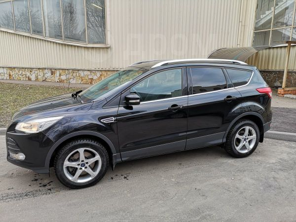 Ford Kuga, 2015 год, 900 000 руб.