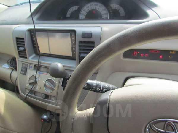 Toyota Raum, 2008 год, 430 000 руб.