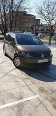 Volkswagen Touran, 2011 год, 640 000 руб.