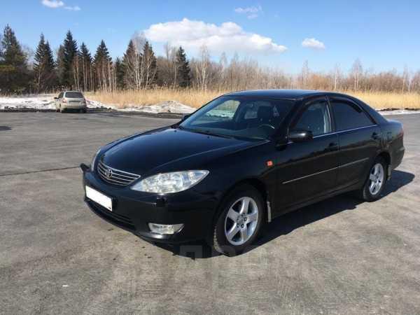 Toyota Camry, 2005 год, 585 000 руб.