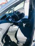 Toyota Prius a, 2012 год, 750 000 руб.