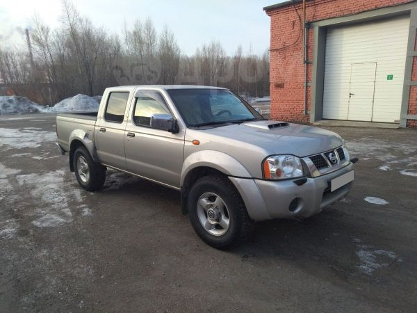 Nissan NP300, 2012 год, 550 000 руб.