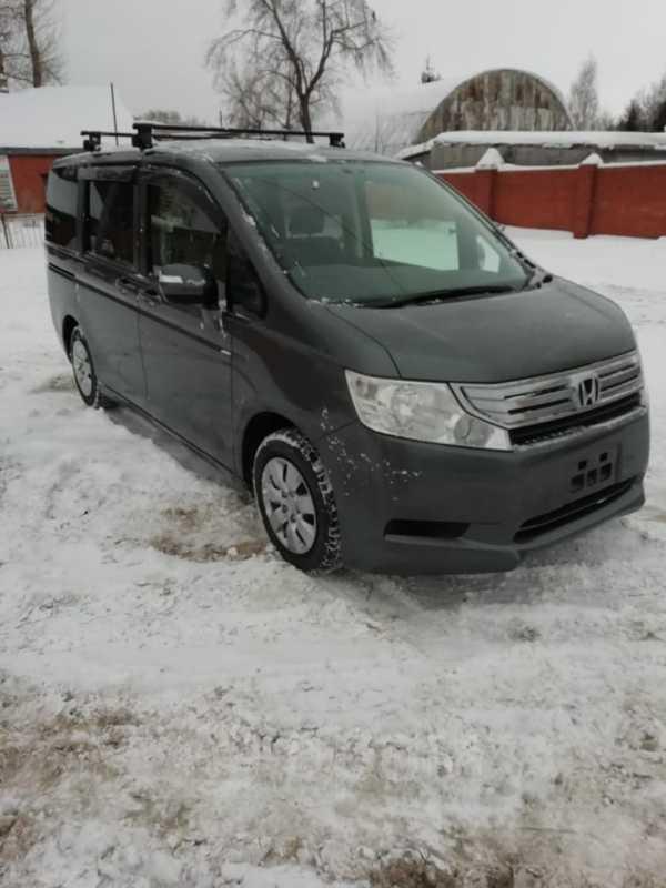 Honda Stepwgn, 2011 год, 890 000 руб.