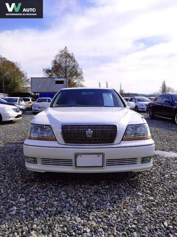 Toyota Crown Majesta, 2002 год, 240 000 руб.