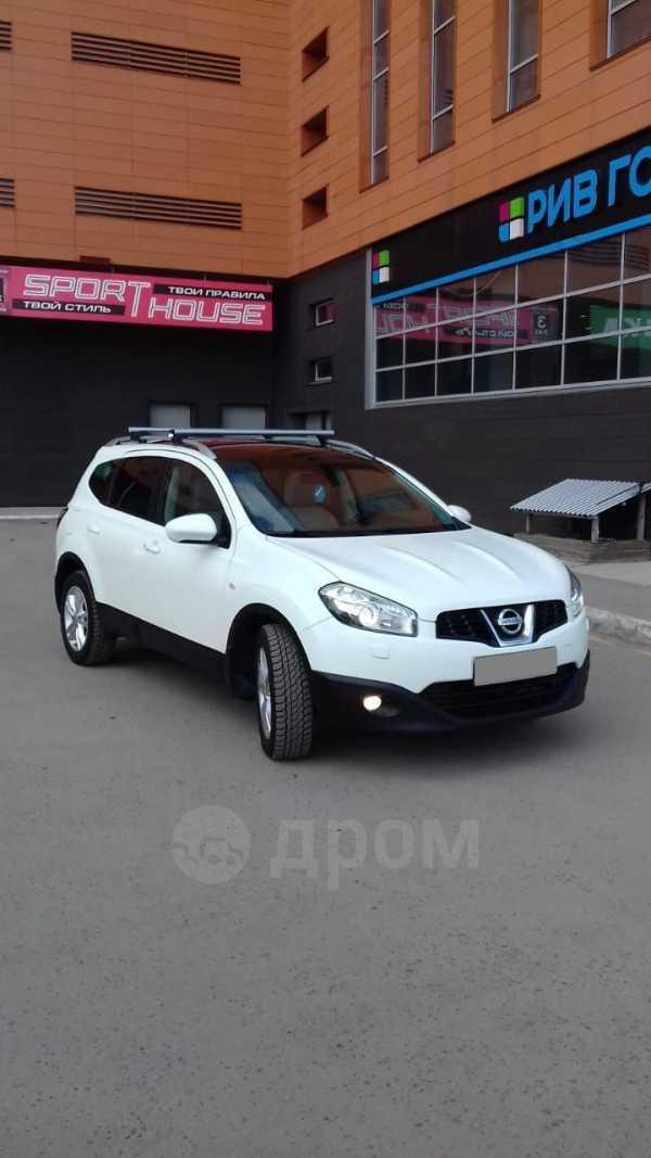 Nissan Qashqai+2, 2010 год, 740 000 руб.