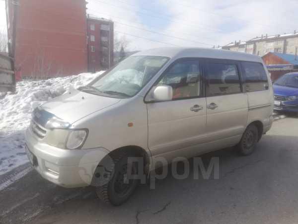 Toyota Town Ace Noah, 2000 год, 280 000 руб.
