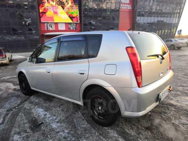 Toyota Opa, 2001 год, 298 000 руб.
