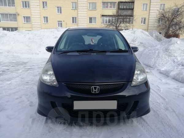 Honda Fit, 2006 год, 330 000 руб.