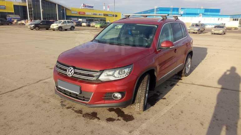 Volkswagen Tiguan, 2011 год, 699 000 руб.