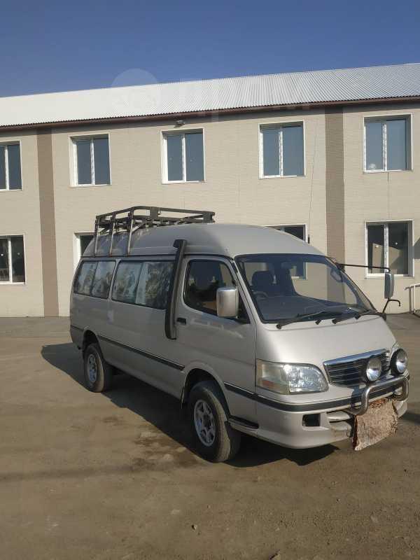 Toyota Hiace, 2000 год, 620 000 руб.