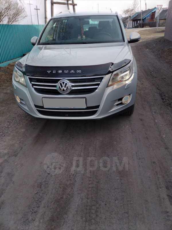 Volkswagen Tiguan, 2010 год, 720 000 руб.