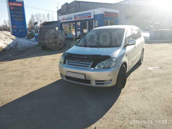 Toyota Ipsum, 2003 год, 555 000 руб.