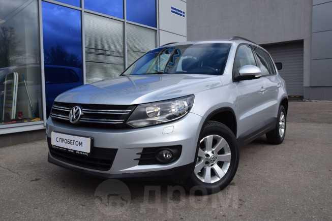 Volkswagen Tiguan, 2013 год, 678 750 руб.