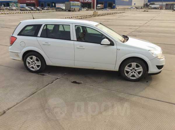 Opel Astra Family, 2014 год, 460 000 руб.