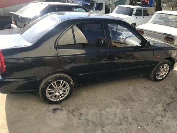 Hyundai Accent, 2004 год, 260 062 руб.
