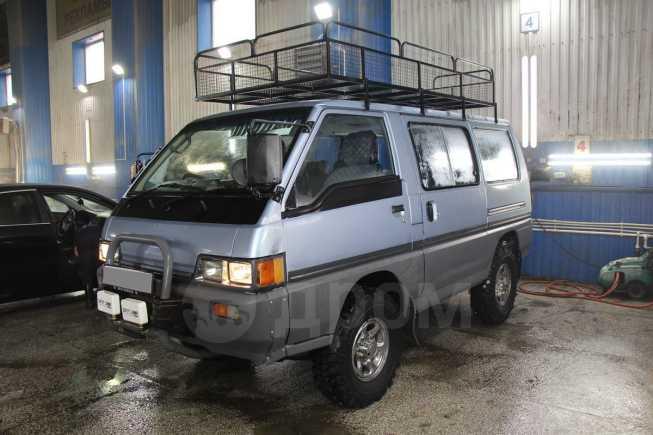 Mitsubishi Delica, 1989 год, 275 000 руб.