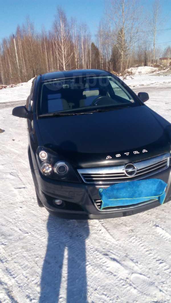 Opel Astra Family, 2012 год, 415 000 руб.