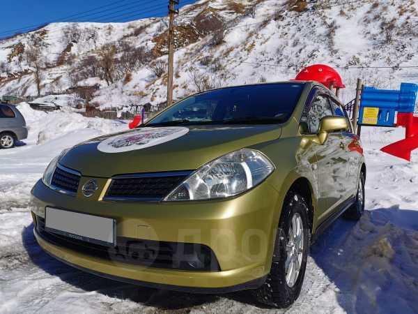 Nissan Tiida, 2004 год, 375 000 руб.