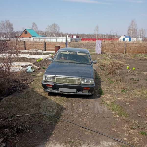 Nissan Cedric, 1990 год, 110 000 руб.
